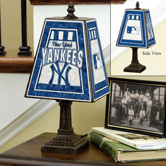New York Yankees Art-Glass Table Lamp