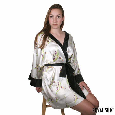 CREAM WHITE SIREN SONG SATIN SILK KIMONO