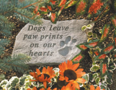 Garden Memorial Stone - Dogs Leave Paw Prints On Our Hearts