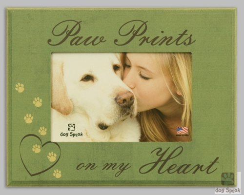 Pet Memorial Frame - Paw Prints On My Heart