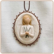 Remembrance Ornament - Keeping Treasured Memories Close