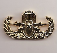 Badge-Senior Miniature Gold