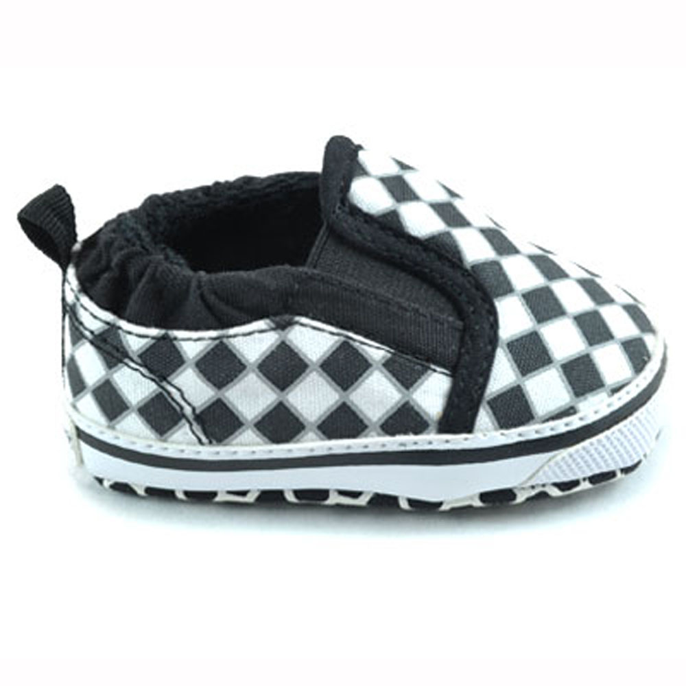 me in mind black white checkered baby shoes