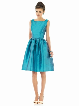 Alfred Sung Bridesmaid Dresses: Alfred Sung D518