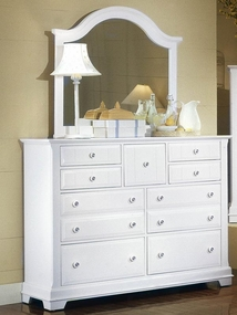 Country 9 Drawer Dresser shown with optional Mirror in Snow White