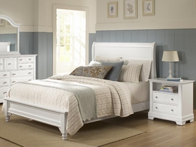Country Sleigh Bed in Snow White