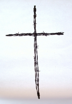 Barbed Wire Cross Lg (#50928)
