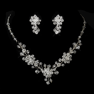 """Evening Star"" Swarovski Crystal Necklace and Earrings Set (Clear on Silver)"