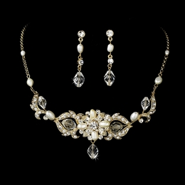 """Melody"" Swarovski Crystal and Freshwater Pearl Necklace and Earrings Set (Gold)"