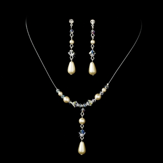 """Steppin' Out"" Pearl and Crystal Bead Necklace and Earrings Set (Ivory on Silver)"