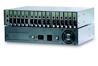 Manageable 16-port Conversion Center Chassis, 2-DC Power