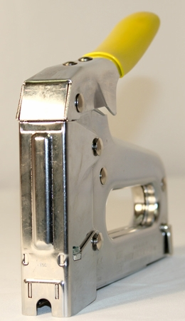 T59 Insulated Staple Gun & Wire Tacker