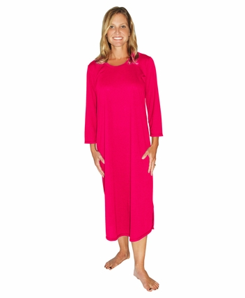 LONG SCOOP NECK NIGHTGOWN WITH 3/4 SLEEVES