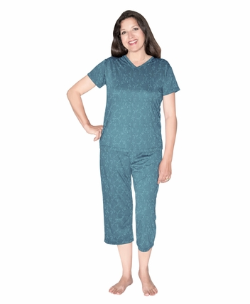 MOISTURE WICKING  CAPRI  PAJAMA SET - EMBOSSED PRINT