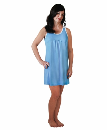 PLEATED FRONT SLEEVELESS NIGHTGOWN