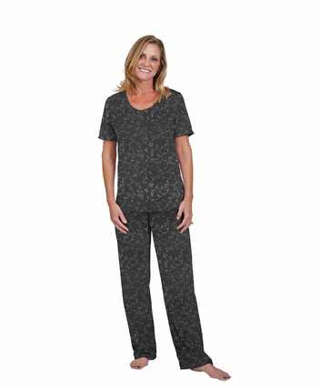 SCOOP NECK PAJAMA SET - EMBOSSED PRINT
