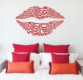 Love Wall Kiss