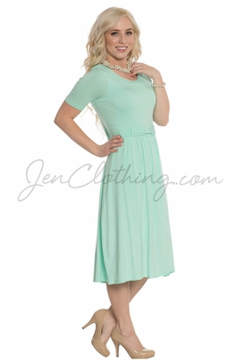 """Erin"" Modest Dress in Honeydew Mint"