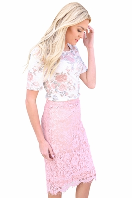 Eyelash Lace Fringe Modest Pencil Skirt in Pink