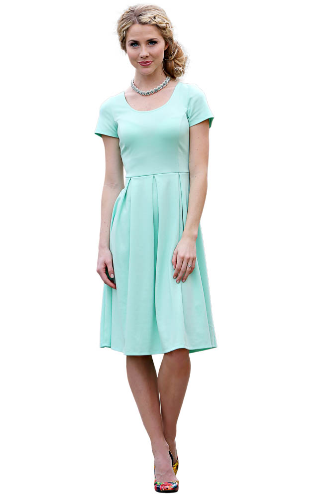 Ivy modest dress in mint Four modest sized homes going big on style