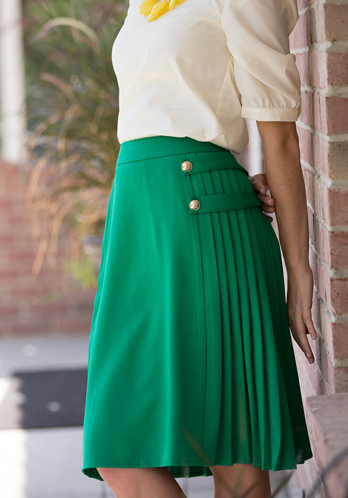 Modest Skirts: Pleated Skirt in Kelly Green