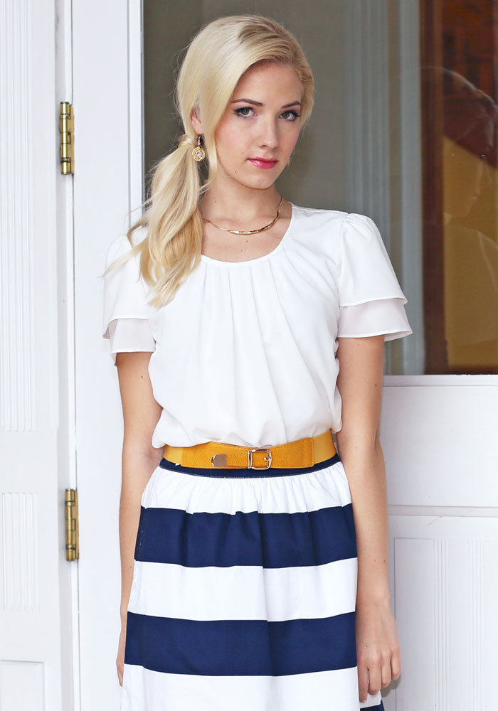Modest Tops Pleated Collar Top In White
