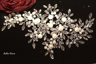 Alina - Luxurious Collection - STUNNING Swarovski crystal and pearl wedding hair comb - SALE