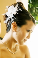 Beautiful Feather Flower bridal Hair Comb -  SPECIAL