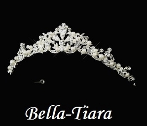 Italian Collection - Beautiful pearl and rhinestone communion tiara