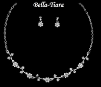 Beautiful Rhinestone Flower Communion Necklace Set