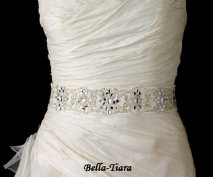 Beautiful Wedding Belt with Pearls, Beads & Sequins