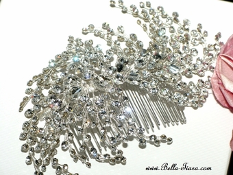 Cassandra - Breathtaking Royal collection swarovski wedding comb - SALE