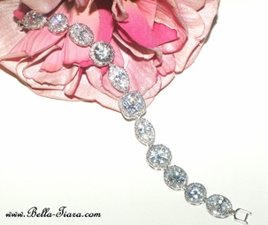 Celestia - Gorgeous High end Cubic Zirconia wedding bracelet - SPECIAL