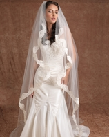 Romantic Edward Berger Designer Cathedral lace Wedding Veil