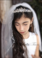 Italian beauty Swarovski crystal communion tiara