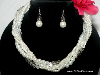 Elegant clusters of pearl bridesmaids wedding necklace set - SPECIAL - 4 left