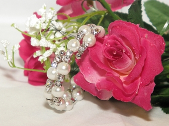 Elegant Wrap Around Pearl Bridal Bracelet