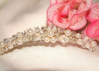 Evana-Classic Ivory and Crystal Tiara Comb