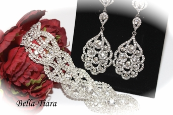 Francine - Beautiful rhinestone drop earrings and bracelet set