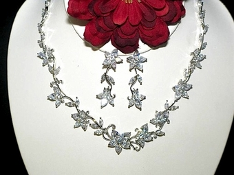 Isadora- Delicate Cubic Zirconia bridal necklace set - SALE!!