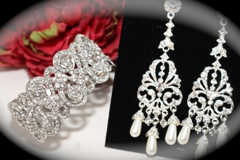 Lea - Romantic pearl chandelier earrings and bracelet