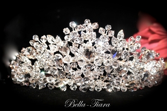 Letizia - ROYAL COLLECTION - STUNNING!!! Swarovski crystal crown tiara -SALE