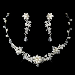 Mable - Romantic crystal and ivory pearl wedding necklace - SPECIAL