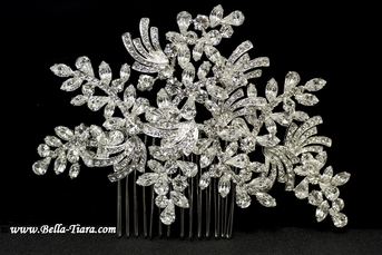 NEW!! Royal Collection - Beautiful swarovski crystal wedding hair comb