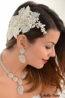 NEW!!! Stunning ivory vintage lace pearl beaded wedding headpiece - SPECIAL one in stock