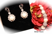 Nora - Elegant wedding pearl earrings and bracelet set - SPECIAL one left