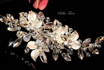 Royal Collectin - STUNNING gold champagne wedding hair comb