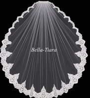 Royal collection - Michela - Elegant romantic lace edge veil - SALE