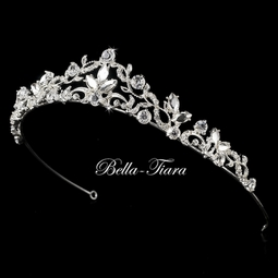 Italian Collection - Beautiful marquisei crystal communion tiara - SPECIAL