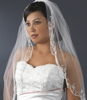 Scalloped Victorian inspired bridal veil - SALE!!